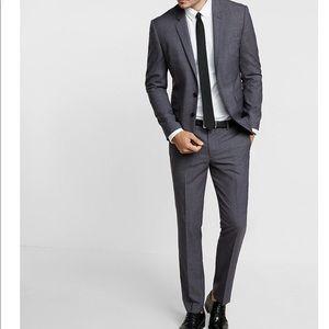 Express Innovator Suit Pair